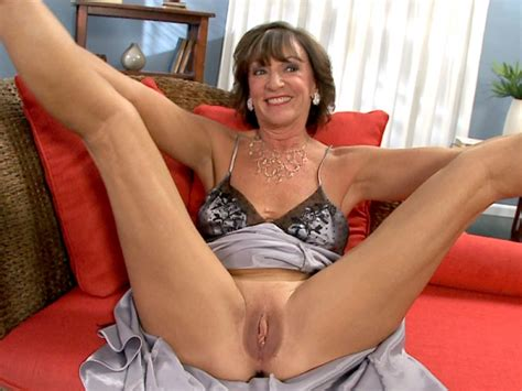Older mommy free mature naked movies, nude older grannies jpg 600x450